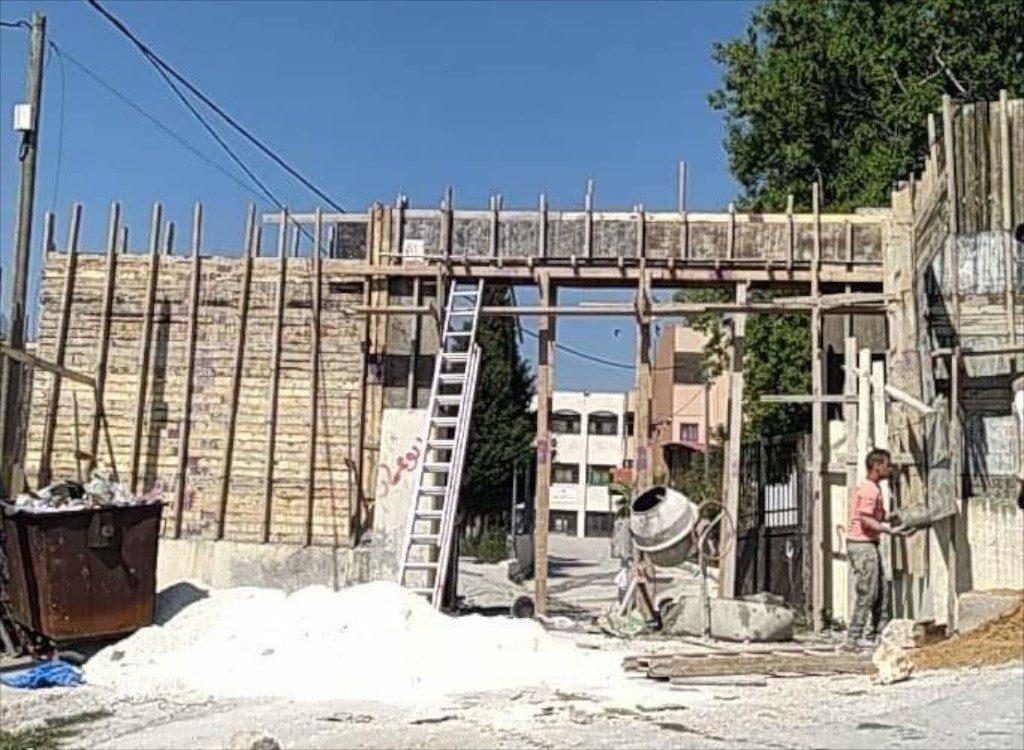 Urif school; wall under construction